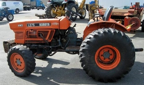 Product picture Kubota L235 L275 Tractor Operator Manual DOWNLOAD